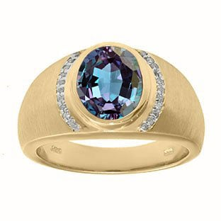 Men's Oval-Cut Alexandrite and Diamond Ring In Yellow Gold By Gemologica