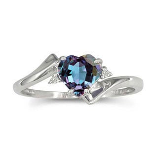 Diamond Heart Shaped Alexandrite Birthstone Silver Ring by Gemologica