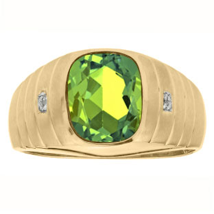 Diamond Cushion Cut Peridot Gemstone Men's Ring In Yellow Gold